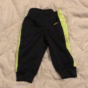 Nike little boys pants